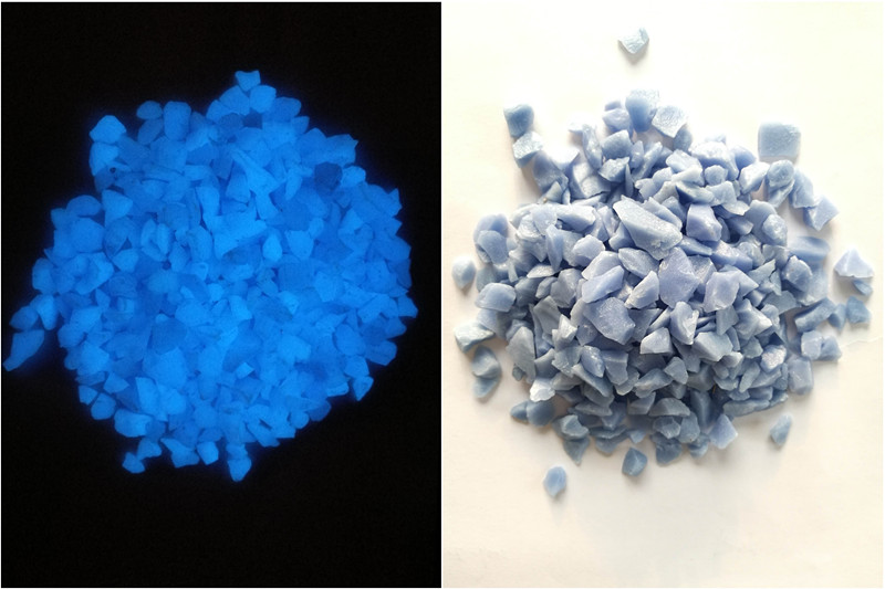 Glow in Dark Glass Chips-Dark Blue in Day and Sky Blue in Dark